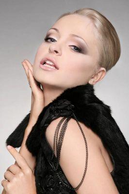 Make up- Felix ShteinPhoto-M-Studiomodel - Yana Bron