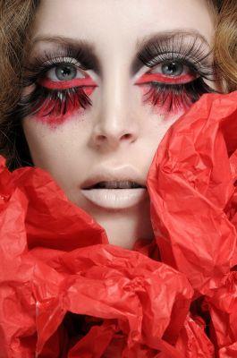make up & styling: Felix Shtein foto: Tzahi Vazanna model: Lian.D T4YOU С мастер класса по проф. макияжу Фейшен - май 2010 .Израиль