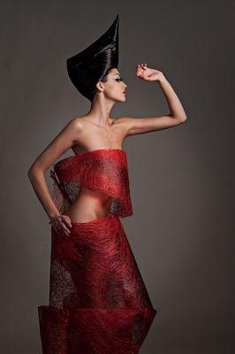 make up & styling: Felix Shtenfoto: Leon Sokoleskihers:Elena Gripich model: Dinara