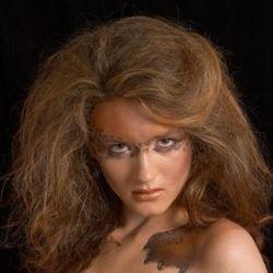 Photographer: Grigori Linshiz Makeup: Evgeniya Matushin