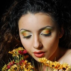 Photographer: Felix Shtein Makeup: Nataliya Vanechkin
